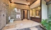 En-Suite His and Hers Bathroom with Mirror - Villa Cinta - Seminyak, Bali