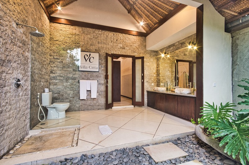 En-Suite His and Hers Bathroom with Mirror - Villa Cinta - Seminyak, Bali