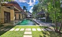 Outdoor Area with Pool - Villa Cinta - Seminyak, Bali