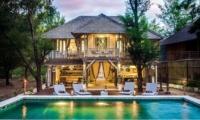 Gardens and Pool - Villa Coral Flora - Gili Trawangan, Lombok