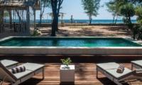 Swimming Pool - Villa Coral Flora - Gili Trawangan, Lombok