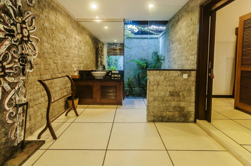 Bathroom with Mirror at Night - Villa Damai - Seminyak, Bali
