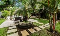 Lawns - Villa Damai - Seminyak, Bali