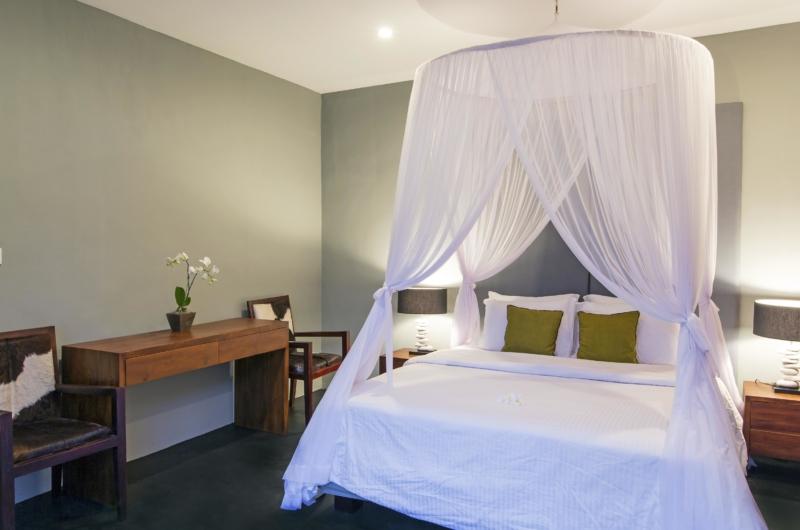 Bedroom with Seating Area - Villa Damai Lestari - Seminyak, Bali