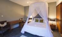 Bedroom with Table Lamps - Villa Damai Lestari - Seminyak, Bali