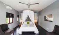 Bedroom with Sofa - Villa Damai Lestari - Seminyak, Bali