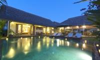 Night View - Villa Damai Manis - Seminyak, Bali
