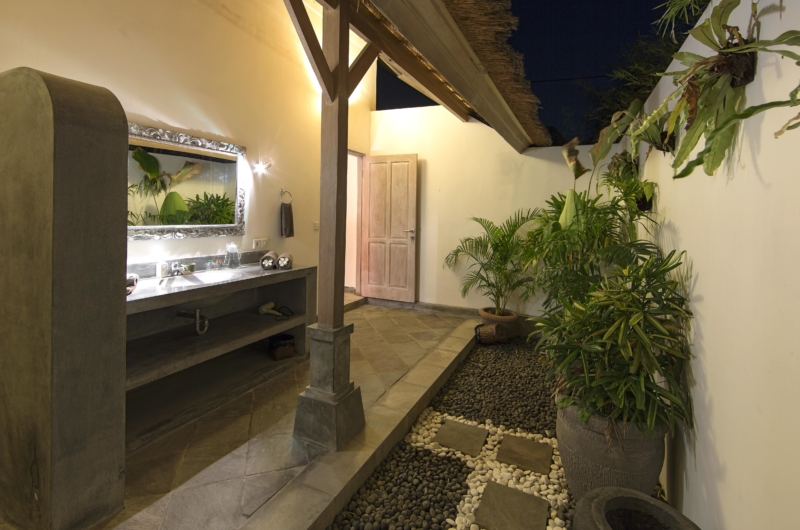 Bathroom with Mirror at Night - Villa Damai Manis - Seminyak, Bali