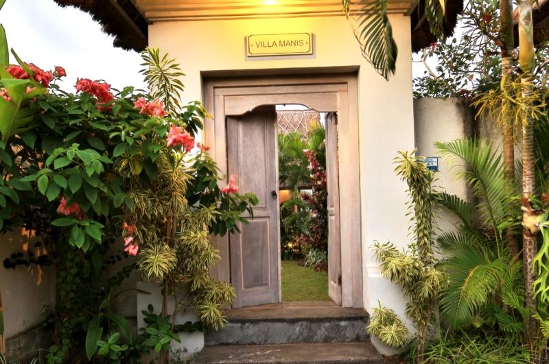 Entrance - Villa Damai Manis - Seminyak, Bali