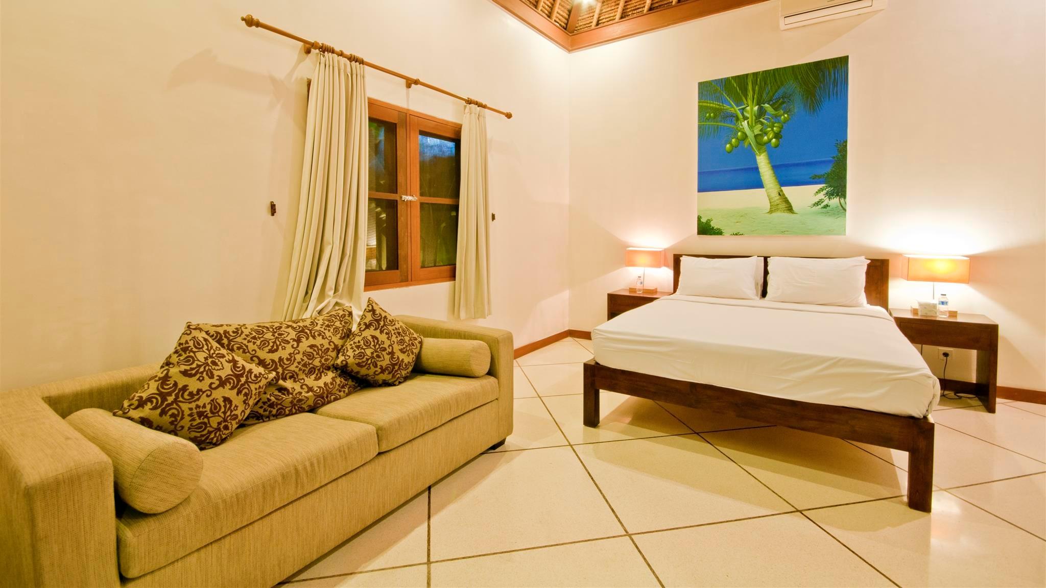 Bedroom with Sofa - Villa Darma - Seminyak, Bali