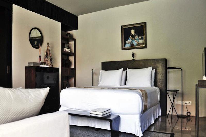 Bedroom with Seating Area - Villa De Suma - Seminyak, Bali