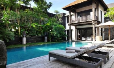 Reclining Sun Loungers - Villa De Suma - Seminyak, Bali