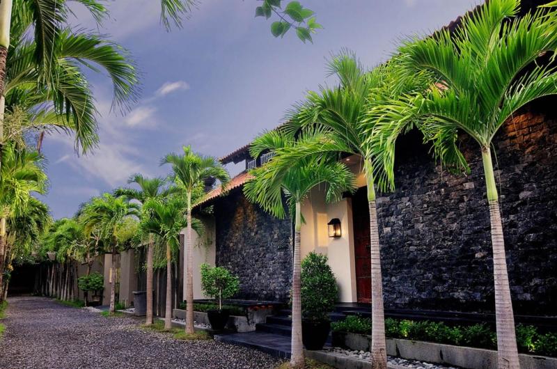 Pathway - Villa De Suma - Seminyak, Bali