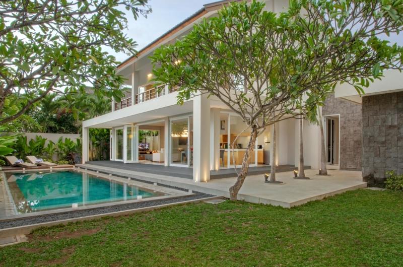 Gardens and Pool - Villa Delmar - Canggu, Bali