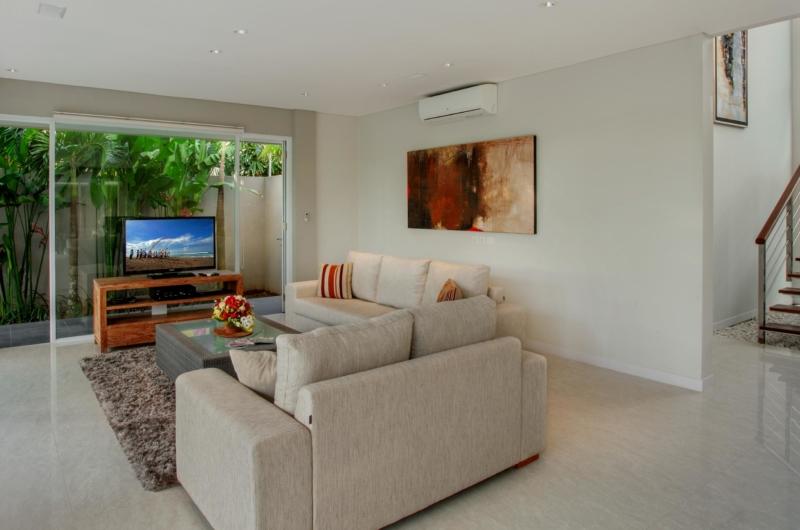 Lounge Area with TV - Villa Delmar - Canggu, Bali