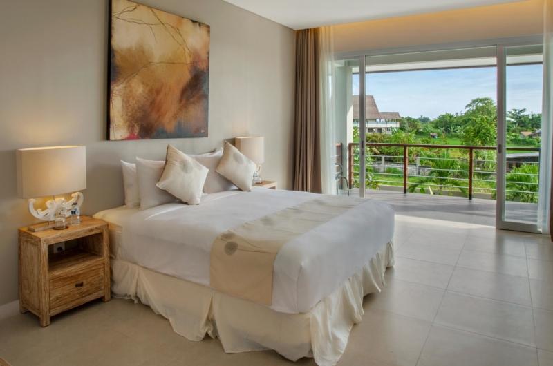 Bedroom with Outdoor View - Villa Delmar - Canggu, Bali