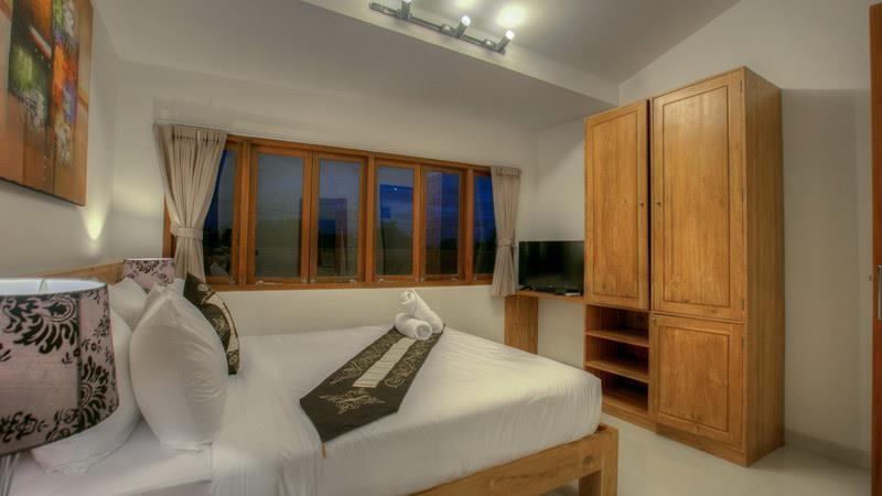 Bedroom with Wardrobe - Villa Denoya - Seminyak, Bali