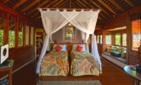 Twin Bedroom with Wooden Floor - Villa Des Indes 1 - Seminyak, Bali