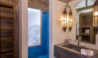 Bathroom with Mirror - Villa Du Bah - Kerobokan, Bali