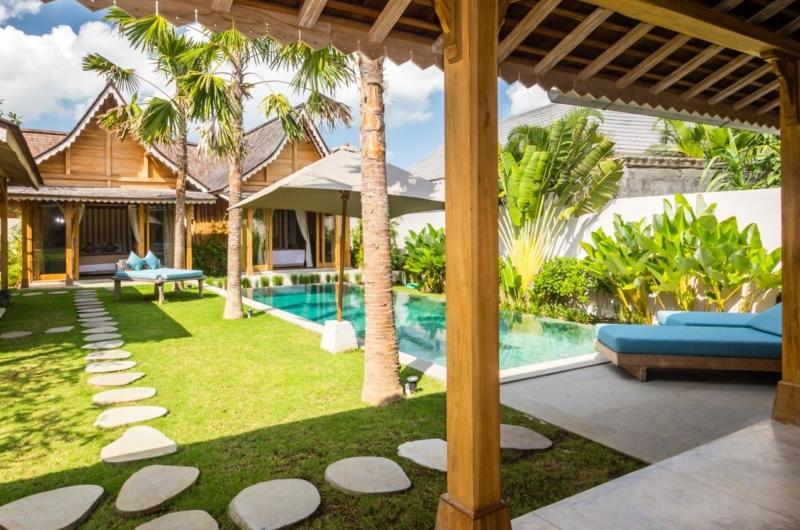 Gardens and Pool - Villa Du Bah - Kerobokan, Bali