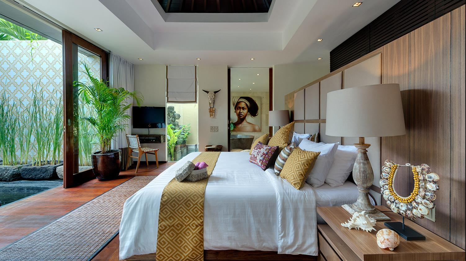 Bedroom with King size Bed - Villa Eshara - Seminyak, Bali