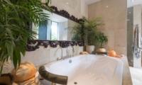 Bathtub - Villa Eshara - Seminyak, Bali