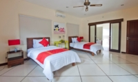 Bedroom with Twin Beds - Villa Gading - Seminyak, Bali