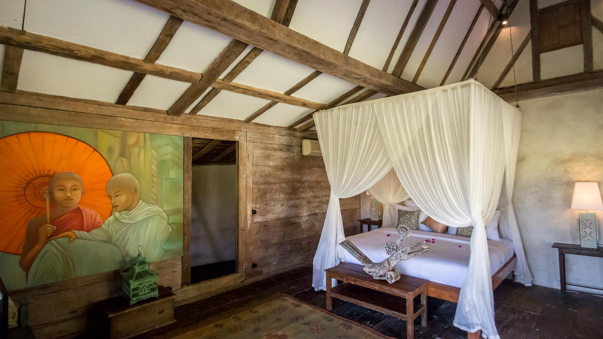 Bedroom with Wooden Floor - Villa Galante - Umalas, Bali