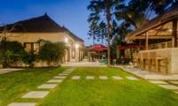 Lawns - Villa Gembira - Seminyak, Bali