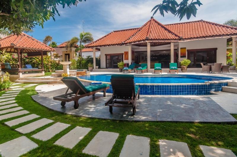 Gardens and Pool - Villa Ginger - Seminyak, Bali
