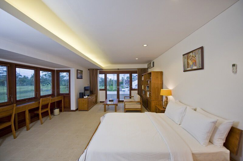 Spacious Bedroom with Study Area - Villa Griya Atma - Ubud, Bali