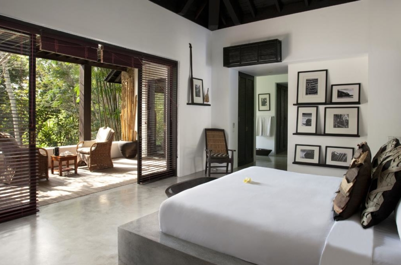 Bedroom and Balcony - Villa Hana - Canggu, Bali