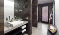 Bathroom with Mirror - Villa Hana - Canggu, Bali