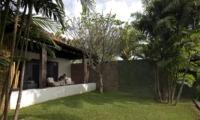 Gardens - Villa Hana - Canggu, Bali