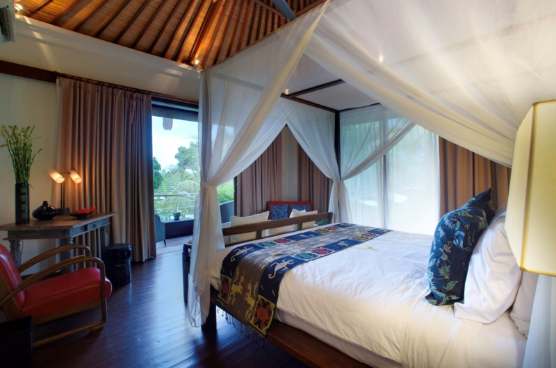 Bedroom and Balcony - Villa Hansa - Canggu, Bali