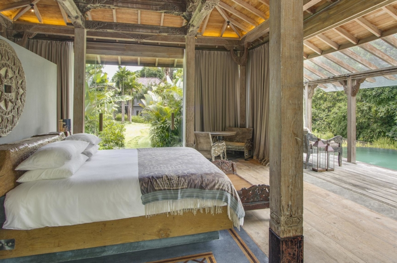 Bedroom with Pool View - Villa Hansa - Canggu, Bali