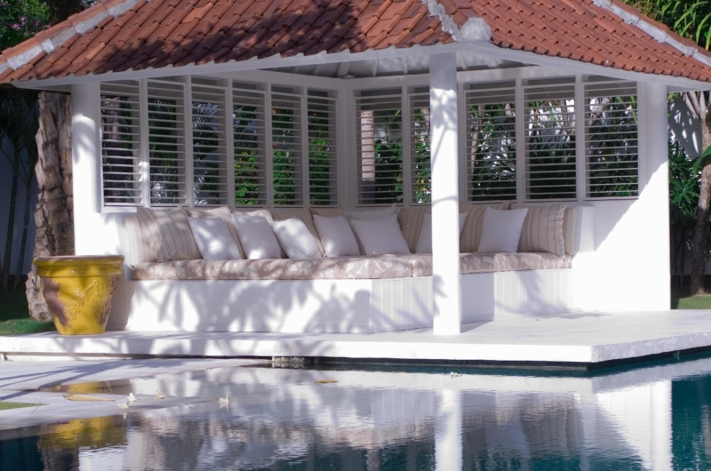 Pool Side Lounge - Villa Hermosa - Seminyak, Bali