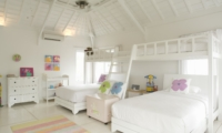 Twin Bedroom with Bunk Beds - Villa Hermosa - Seminyak, Bali