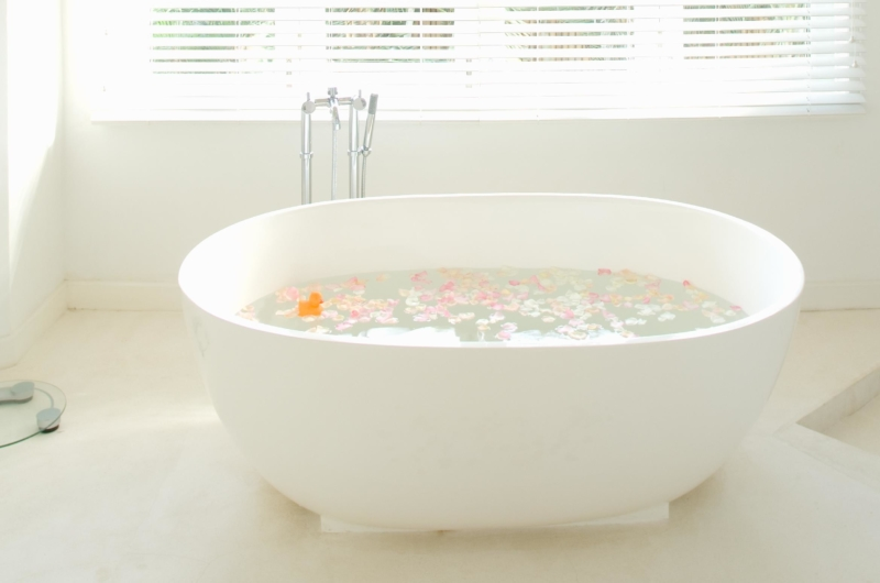 Romantic Bathtub Set Up - Villa Hermosa - Seminyak, Bali