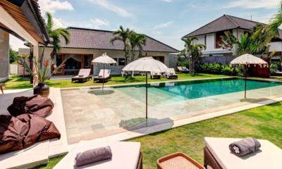 Gardens and Pool - Villa Iluh - Seminyak, Bali