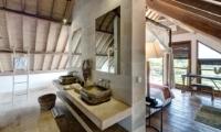 Bedroom and Bathroom - Villa Iluh - Seminyak, Bali