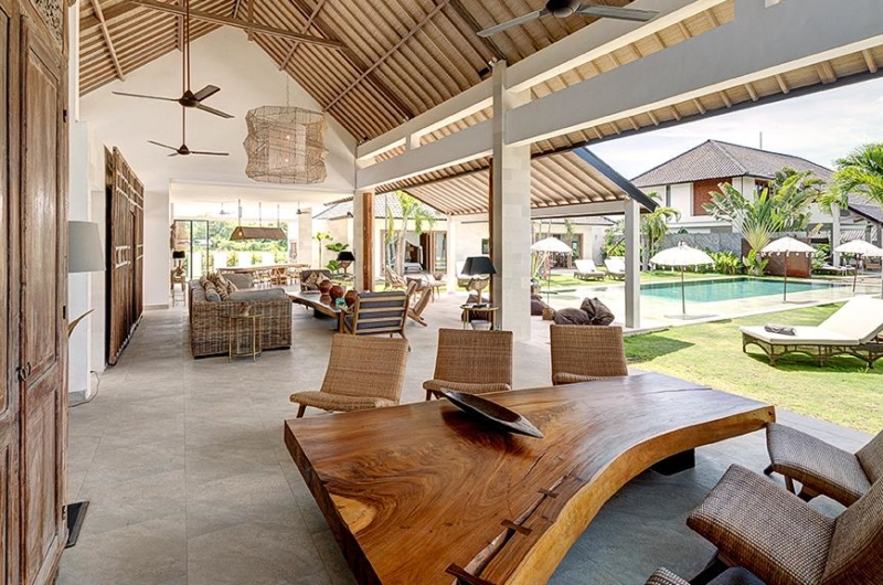 Living and Dining Area - Villa Iluh - Seminyak, Bali