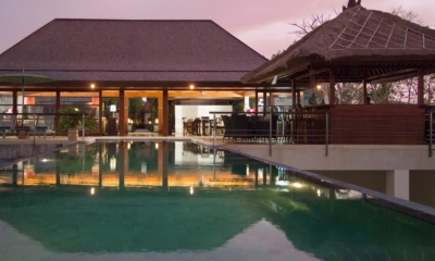 Swimming Pool at Night - Villa Indah Manis - Uluwatu, Bali