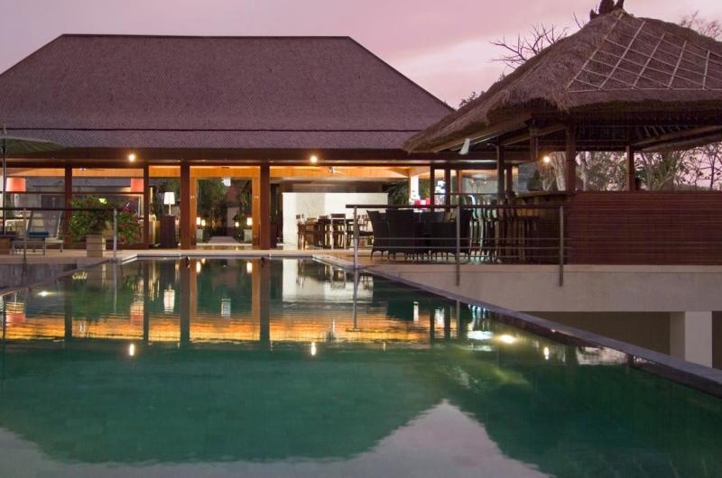Swimming Pool at Night - Villa Indah Manis - Uluwatu, Bali