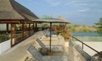 Sun Beds - Villa Indah Manis - Uluwatu, Bali