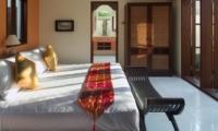 Bedroom with Wardrobe - Villa Indah Manis - Uluwatu, Bali