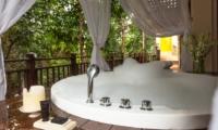Semi Open Bathtub - Villa Indah Ungasan - Uluwatu, Bali