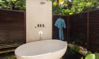 Bathtub - Villa Indah Ungasan - Uluwatu, Bali