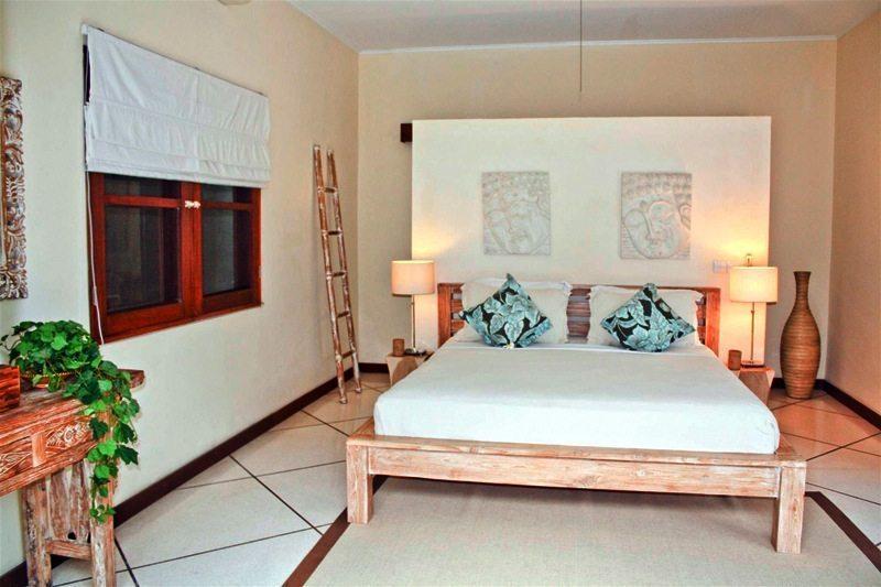 Bali Villa Intan 01Bedroom with Side Table - Villa Intan - Seminyak, Bali
