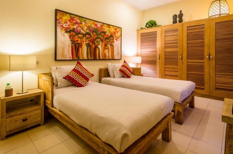 Twin Bedroom - Villa Intan - Seminyak, Bali